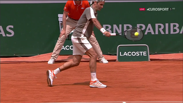 Nadal distrugge Federer: Rafa vola in finale al Roland Garros