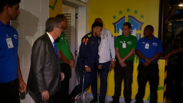 Neymar leaves stadium on crutches, taken to hospital