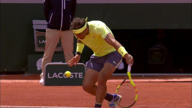 'Absolutely superb!' – Federer outlasts Rafael Nadal in great point
