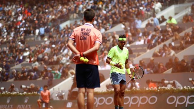 Федерер взял у Надаля 9 геймов. Но сильнее проиграл ураганному ветру