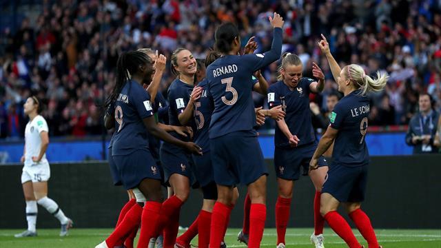 Gastgeber Frankreich startet furios gegen Südkorea