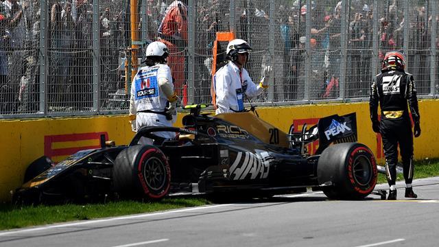 L'énorme crash de Magnussen en Q2 a éliminé Verstappen