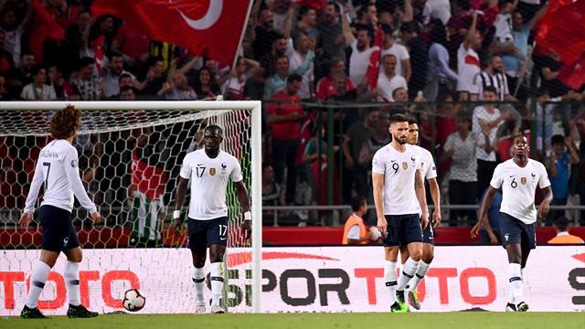 Une erreur de Pogba et les Bleus ont sombré : le but du 2-0