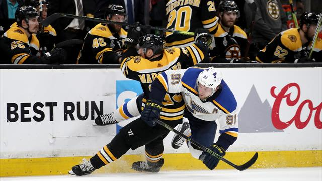 Le moment tant attendu — Bruins-Blues