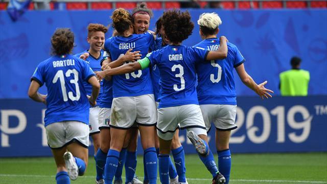 Italy stun Australia with last-gasp winner