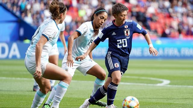 England stay top as Argentina hold Japan in Women's World Cup