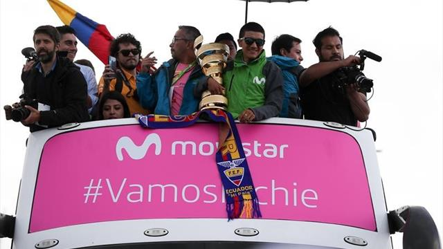 Richard Carapaz, recibido como un héroe en Ecuador tras coronarse en el Giro