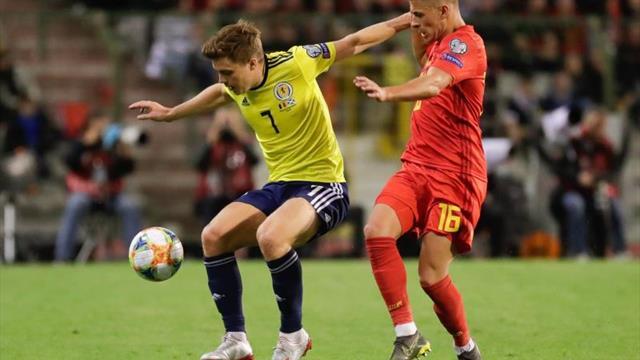 3-0. Bélgica no da opción a Escocia