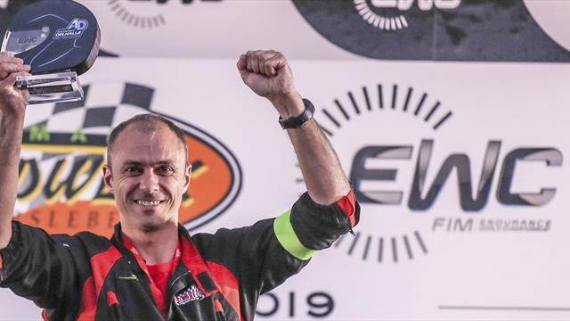 L'Anthony Delhalle EWC Spirit Trophy au Team 18 Sapeurs Pompiers