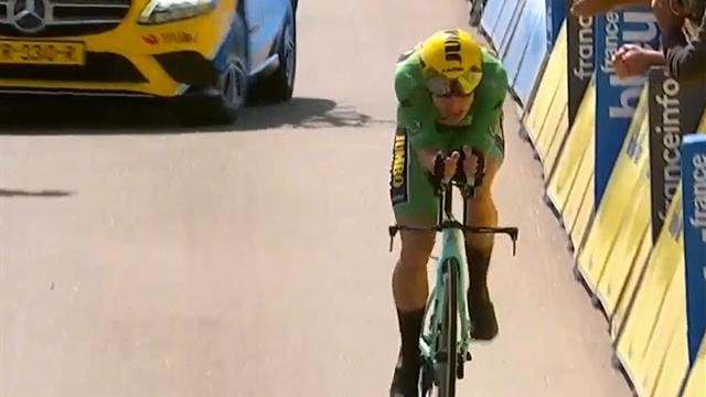 Wout Van Aert devastante! Il belga domina la cronometro con una prova eccezionale