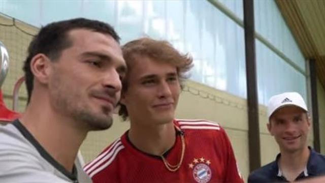 Witzige Challenge: Müller und Hummels stellen sich Zverevs Aufschlägen