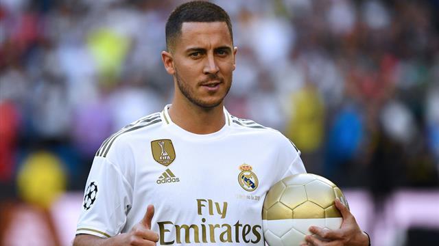 Азара представили в «Реале». Он поцеловал эмблему, но собрал на «Бернабеу» меньше Роналду и Кака