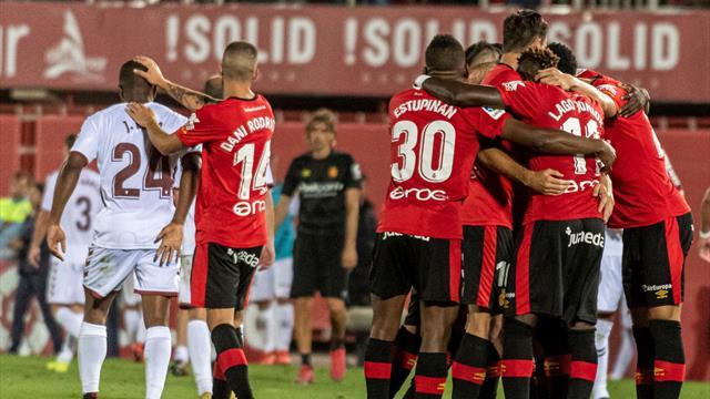 Liga 123 (Playoff de ascenso, ida), Mallorca-Albacete: Paso de gigante (2-0)