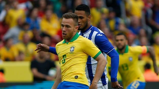 Arthur ruled out of Brazil's Copa America opener against Bolivia