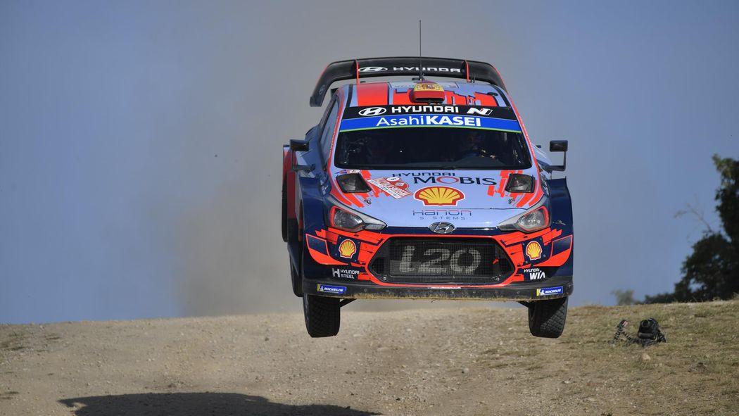 Rallycross 2020 Calendrier.Wrc Dani Sordo Prolonge Chez Hyundai En 2020 Wrc Eurosport