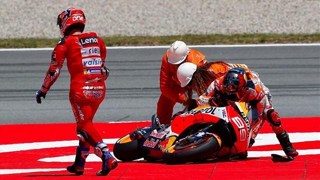 Strike di Lorenzo che atterra Dovi, Viñales e Rossi. Primo Marquez, poi Quartararo