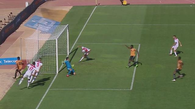 Ад в штрафной сборной Марокко: прострел, удар по своим воротам, рикошет от вратаря и случайный гол