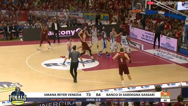 Venezia batte Sassari: Haynes chiude la partita con una schiacciata devastante