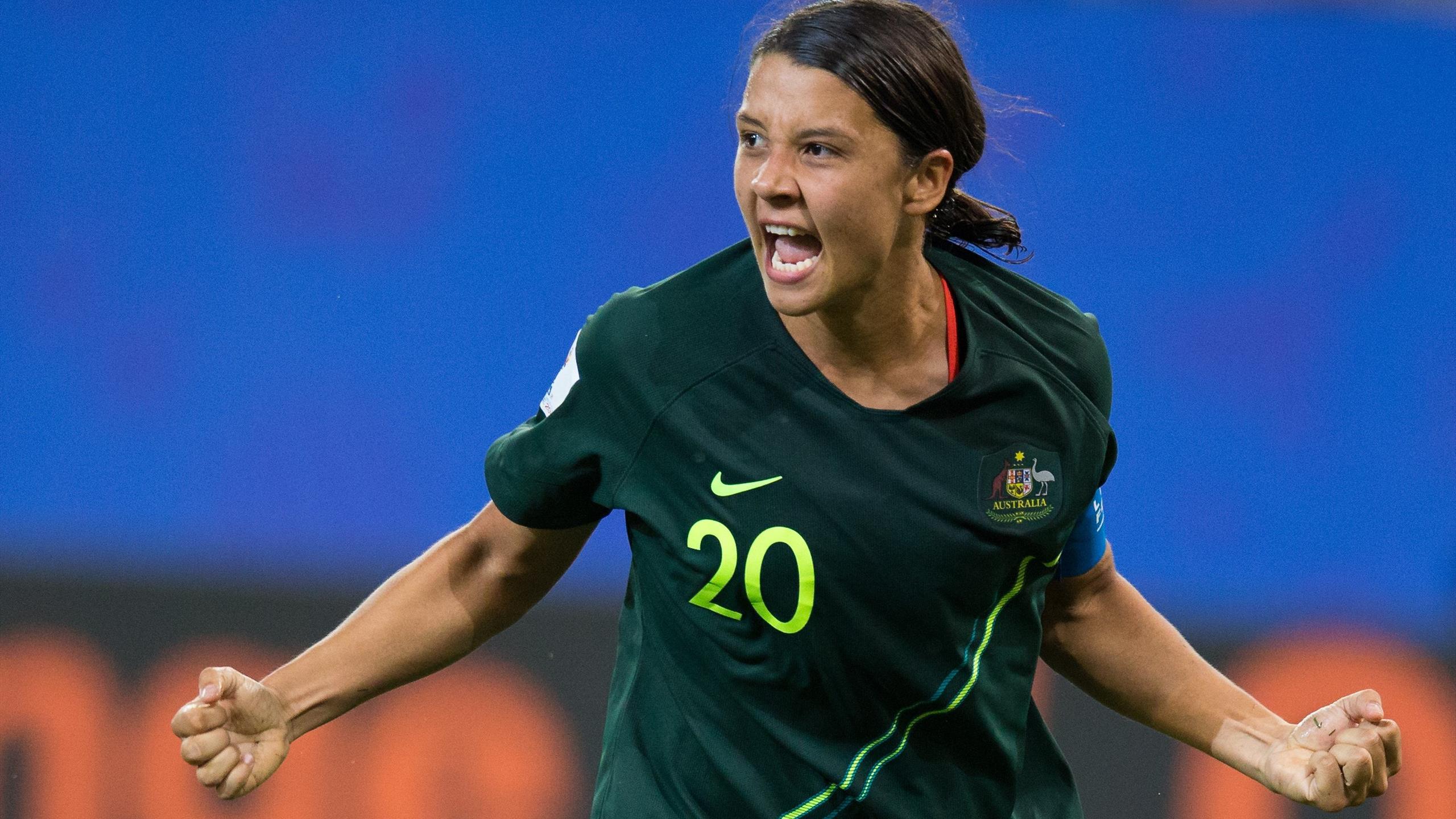 Women's World Cup: Sam Kerr strikes four times as ...
