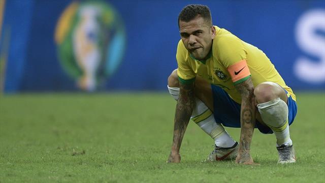 Frustré par le VAR, le Brésil concède le nul sous les sifflets