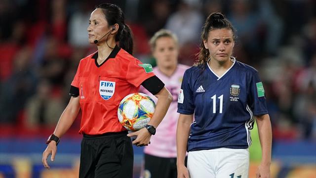 """""""Das ist lächerlich"""": Video-Assistent sorgt auch bei Frauen-WM für Ärger"""