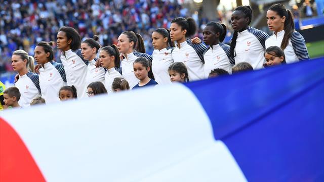 """Clairefontaine, un """"avantage"""" pour les Bleues avant les Etats-Unis, reconnaît l'entraîneur-adjoint"""