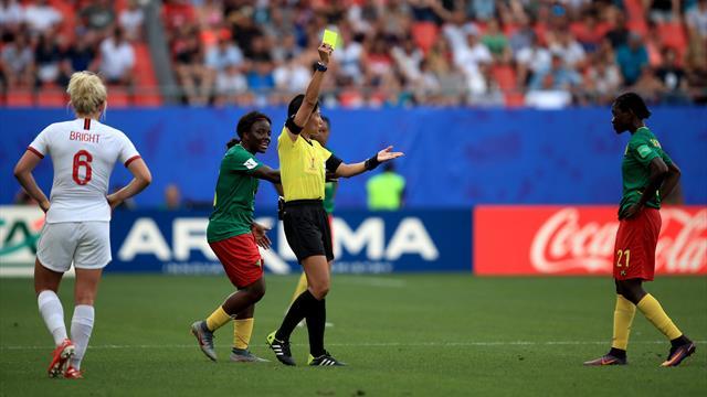 Plus de fair-play et moins de triche chez les footballeuses ? Un débat à arbitrer