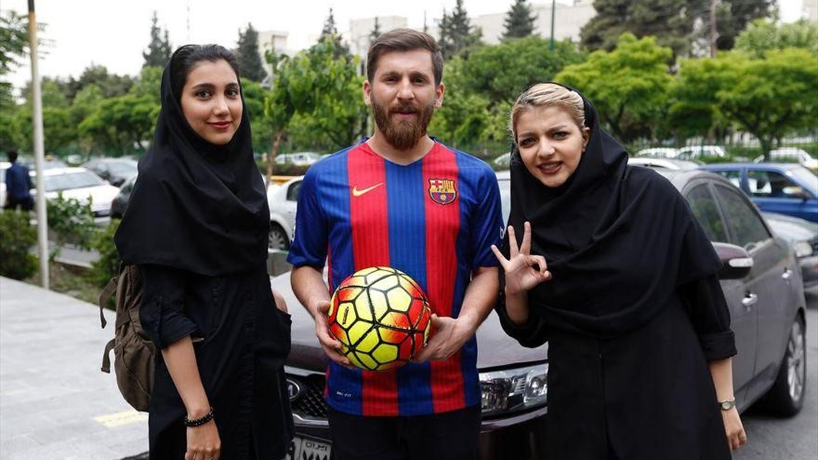Фото девушки футболиста месси