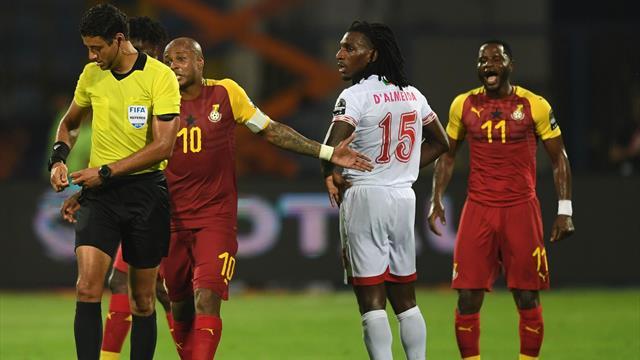 Le Ghana et le Bénin dos à dos