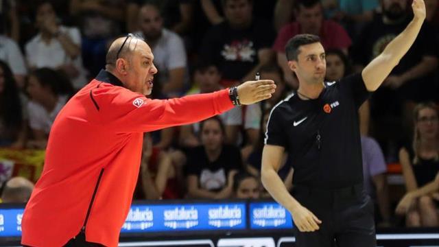 Iagupova y Ucrania ponen alto el listón en el debut de la campeona