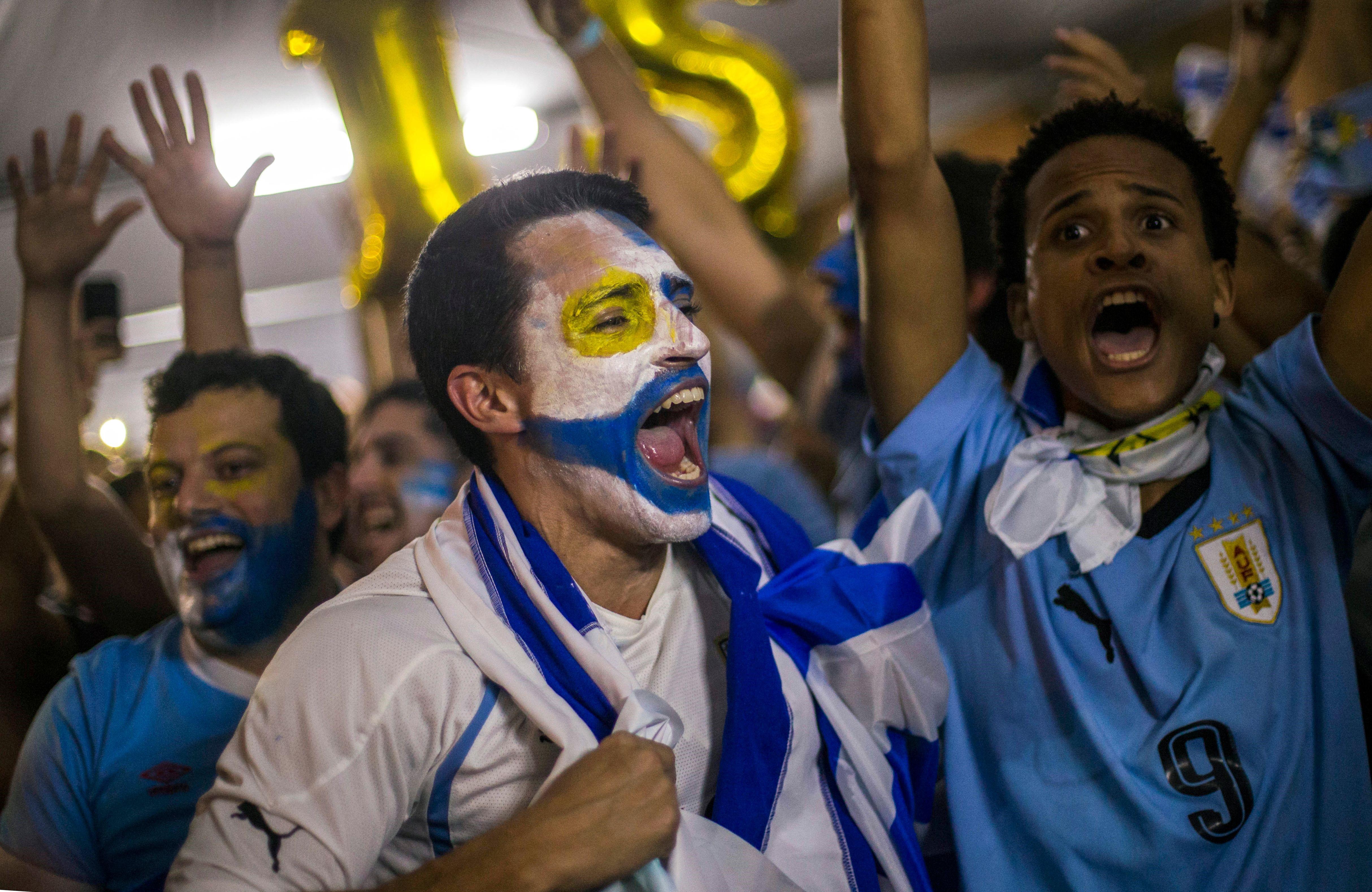 L'équipe de départ face au Pérou — Uruguay