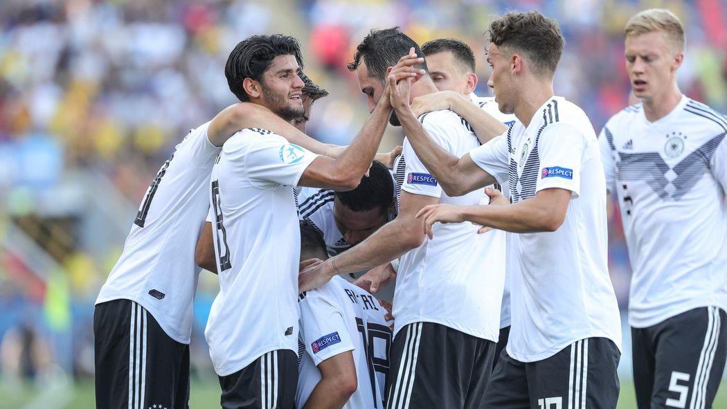 U21 Em Finale Deutschland Spanien Live Im Tv Und Im
