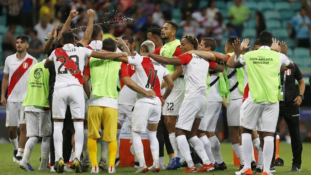 Le Pérou fait chuter l'Uruguay