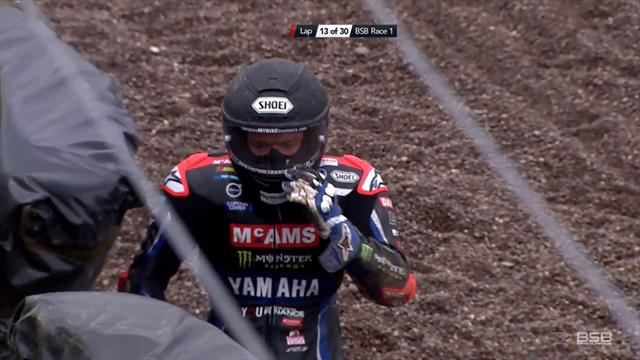 'Ouch!' - Mackenzie crashes after clipping kerb