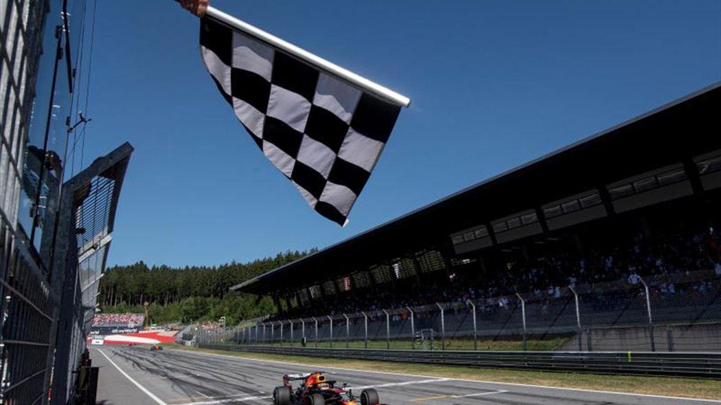 Verstappen repite en el Red Bull Ring y agua la fiesta a