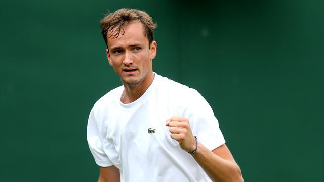 Медведев выиграл первый «Мастерс» в карьере и стал пятым в мире