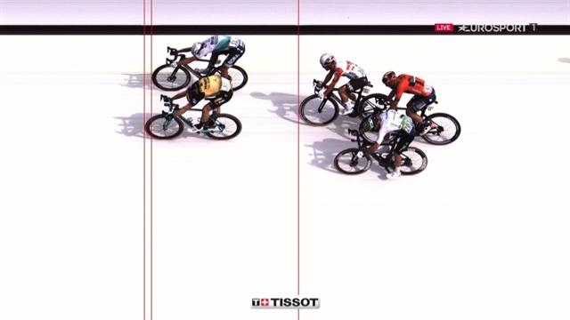Teunissen a dompté Sagan sur le fil : L'arrivée de la 1re étape