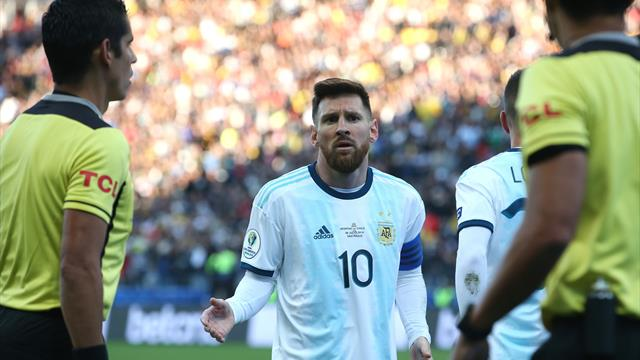 Messi fails to collect Copa medal after red card