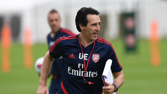 Emery aiming to sign 'three or four players' for Arsenal