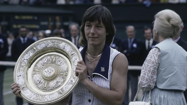 Navratilova forced to remove 'Impeach' Trump hat at Wimbledon