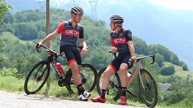 How to ride like a Tour De France pro - with GCN