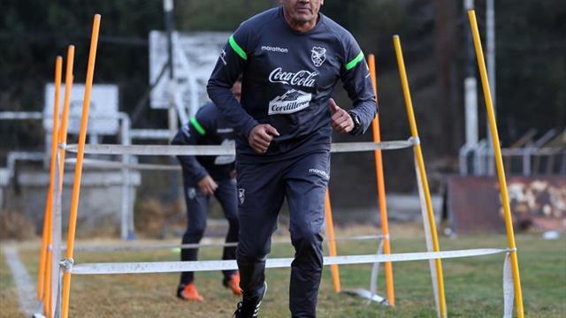 El técnico Soria deja el Oriente Petrolero boliviano poco antes del Clausura