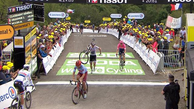 Greipel runs across finish line with bike
