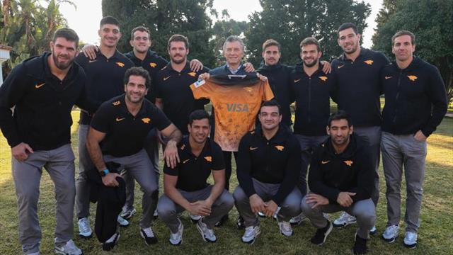Macri recibe y felicita a los Jaguares por el subcampeonato en el Super Rugby