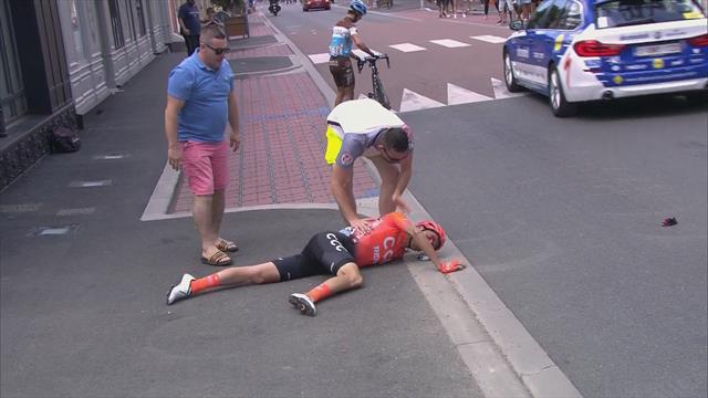 NB! Sterke bilder: Grusomt fall – her ligger han blødende i veien