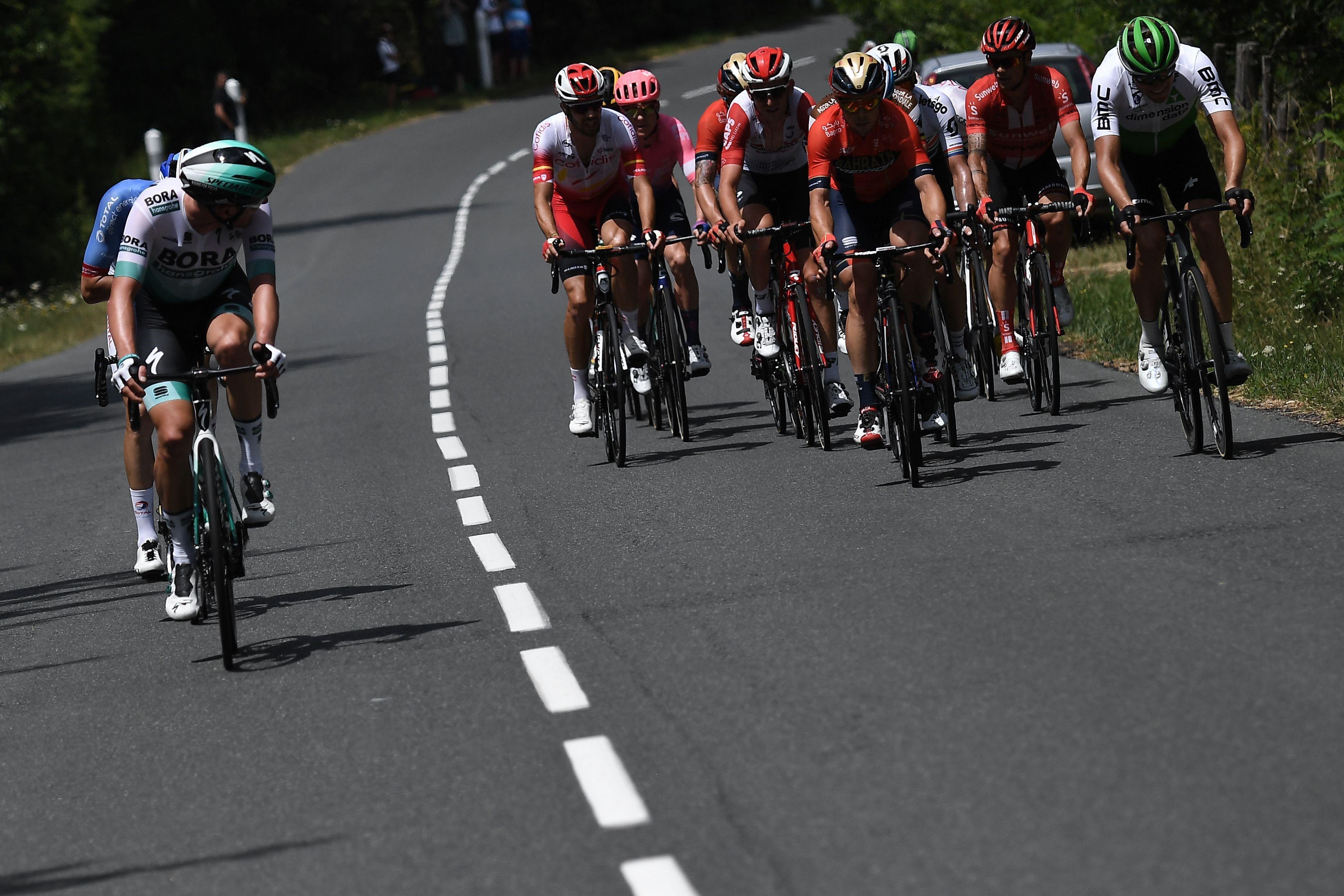 Lukas Postlberger ve kaçış grubu, 2019 Fransa Bisiklet Turu 9. etap