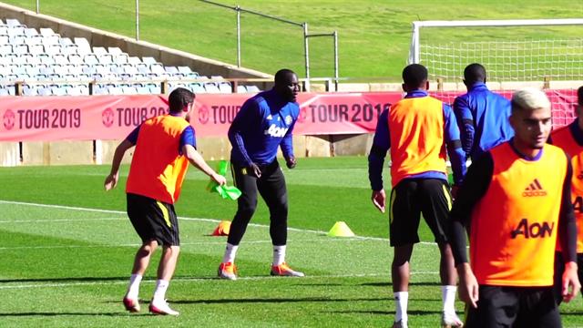 L'Inter aspetta Lukaku: lui intanto si allena con il Manchester United