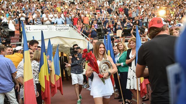 30 тысяч румынских болельщиков устроили мощную встречу Халеп в честь победы на Уимблдоне