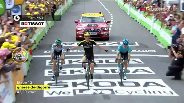 Ecco Simon Yates! L'inglese fa sua la 12^ tappa ed entra nel club dei vincenti a Giro, Tour e Vuelta