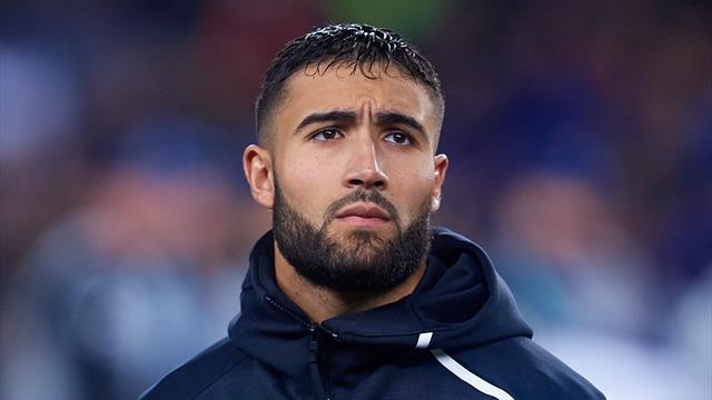 En instance de transfert, Fekir est absent du groupe de l'OL face au Genoa
